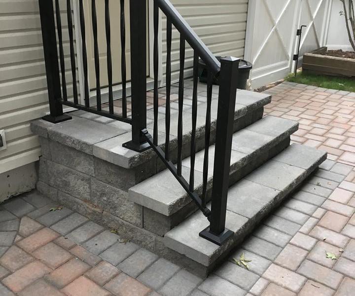 backyard_patio_and_walkway1