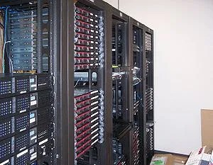 Multiple racks of servers.