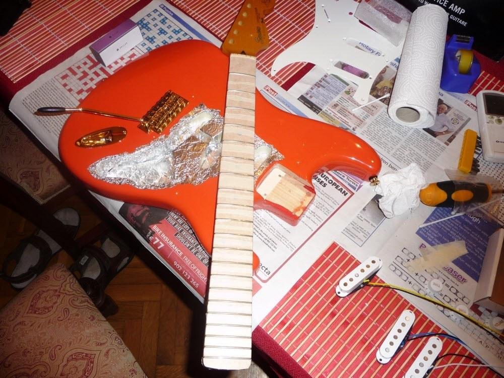 Squier Stratocaster Hank Marvin