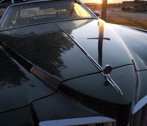 !975 Pontiac Grand Prix
