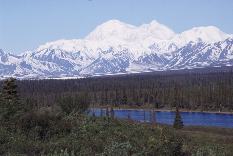 Mt McKinley on a cloudless day