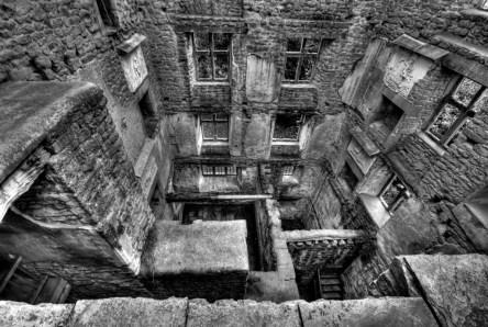 Maze of Stone(Hardwick Hall)