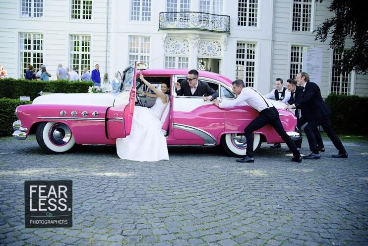 Groepsfoto getuigen bruidspaar