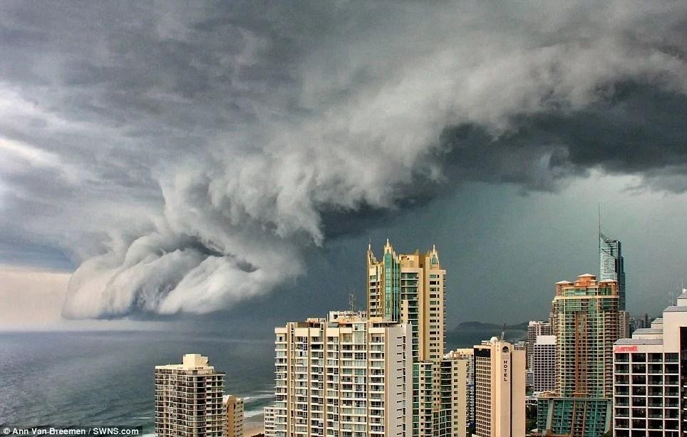 A  thunderstorm threatens the Gold Coast, Queensland by photographer Ann Van  Breemen.