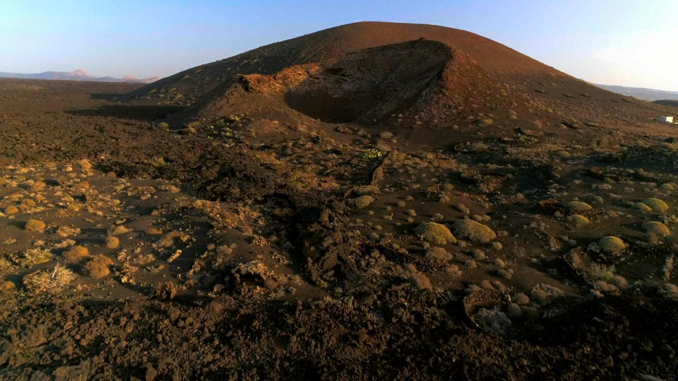 Volcano Surfin' 422-1