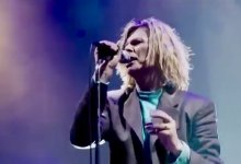 """David Bowie – """"Heroes"""" (Live at Glastonbury Festival 2000)"""