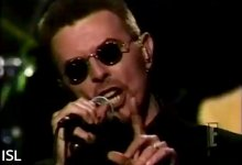 David Bowie – Fame, The Howard Stern Birthday Show (January 1998)