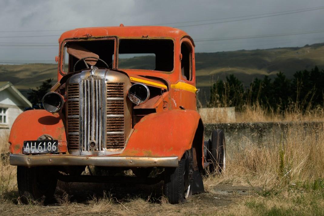 13-05-Orange-truck