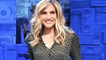 Lorella Cuccarini tuona: «Il messaggio a Raffaella era sacrosanto. Chi ha criticato ha dimostrato pochezza e mancanza di rispetto»