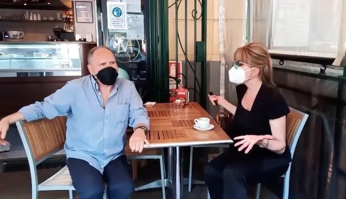 Ballando con le Stelle 2021: Milly Carlucci conferma la giuria… al barista – Video