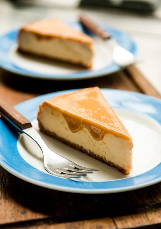 http://i1.wp.com/www.davidlebovitz.com/wp-content/uploads/2015/01/dulce-de-leche-cheesecake-recipe-7.jpg?resize=515%2C732
