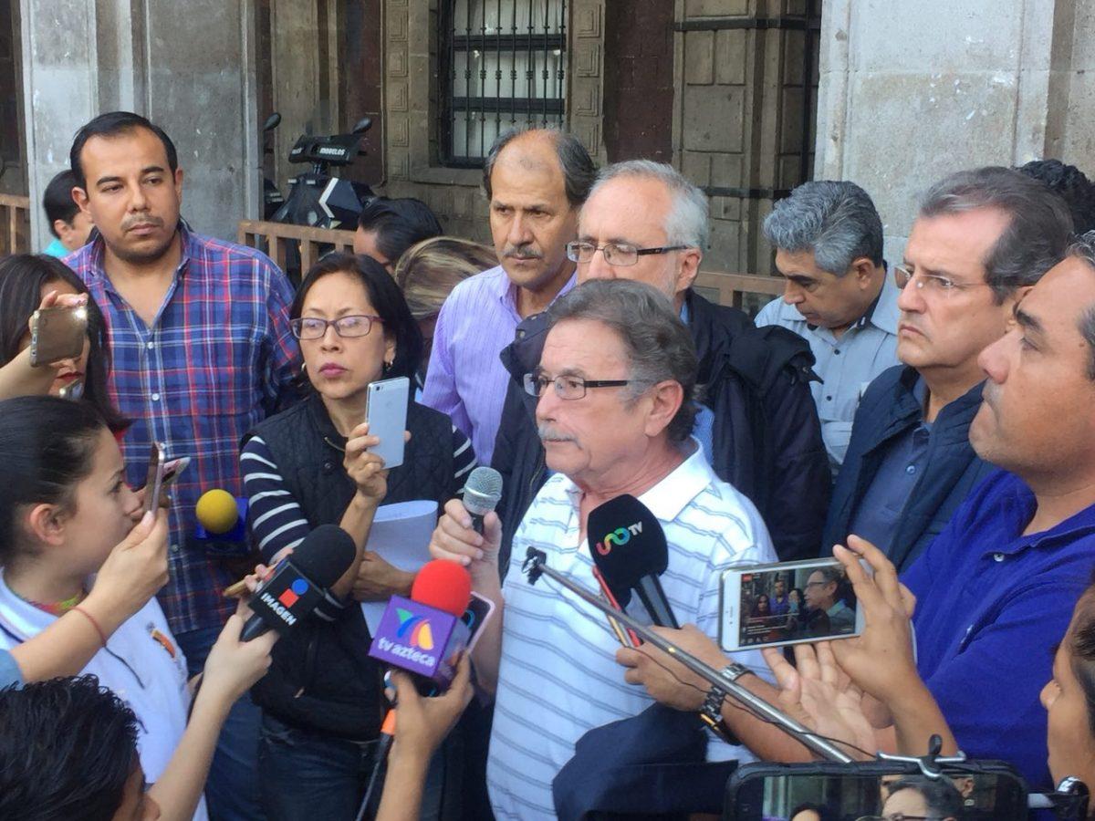 """Anuncian aliados de Vera acciones """"radicales"""" por detención de ex rector"""