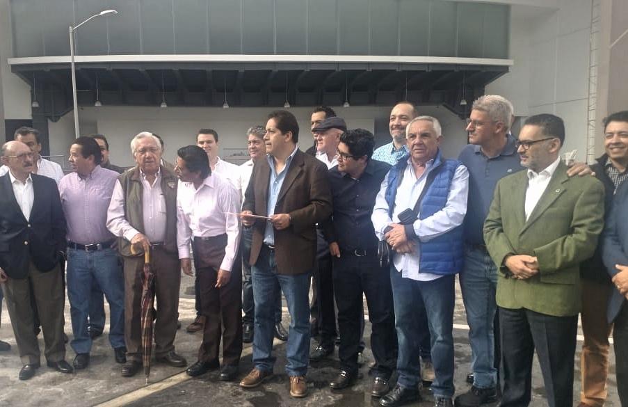 Anuncian cámaras y empresarios oleada de amparos contra Diputados