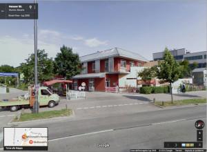 La visuale del McDonald's da Google Street View