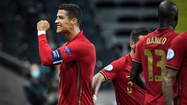 Cristiano Ronaldo scores 101 International goals