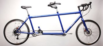 da Vinci Grand Junction tandem bike with independent coasting
