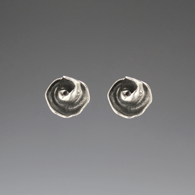 DaVine Jewelry, Dark Silver Inner Shell Spiral Post Earrings