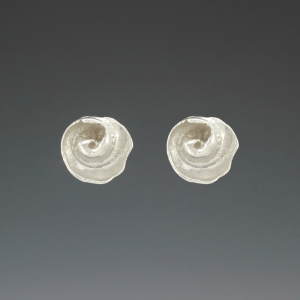 DaVine Jewelry, Silver Inner Shell Spiral Post Earrings