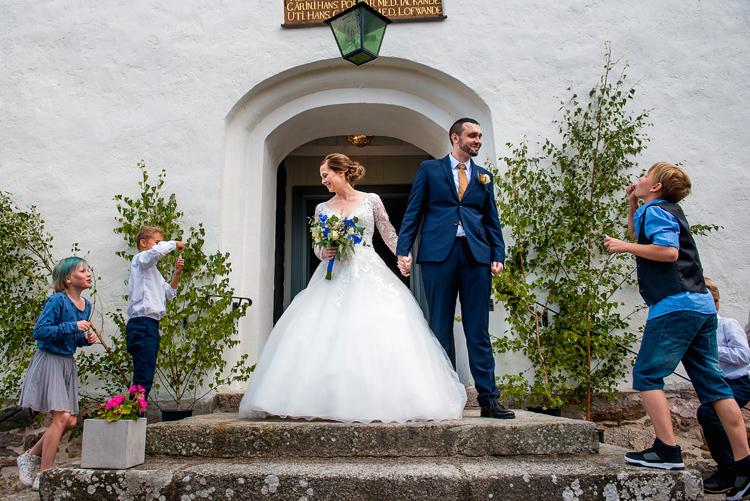 bröllop vårdnäs kyrka_bröllopsfotograf östergötland_11