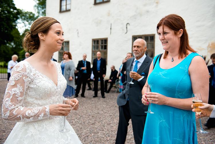 bröllop vårdnäs kyrka_bröllopsfotograf östergötland_34