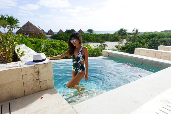 Playa De Mujeres_palm print bikini_swimsuit_resort style