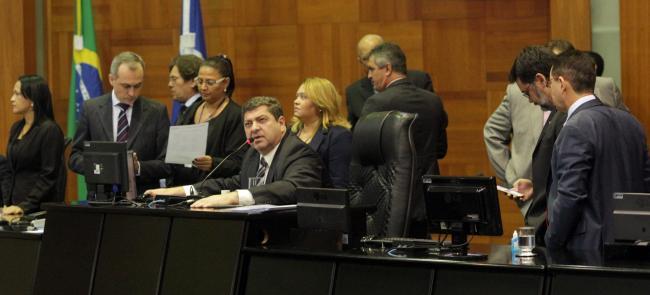 Deputados analisarão nova proposta da RGA na sessão vespertina
