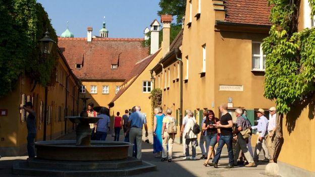 A cidade alemã onde os moradores pagam R$ 3,20 de aluguel por ano há cinco séculos