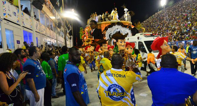 Gigantismo do Carnaval precisa ser revisto: acidentes provam que passamos do limite