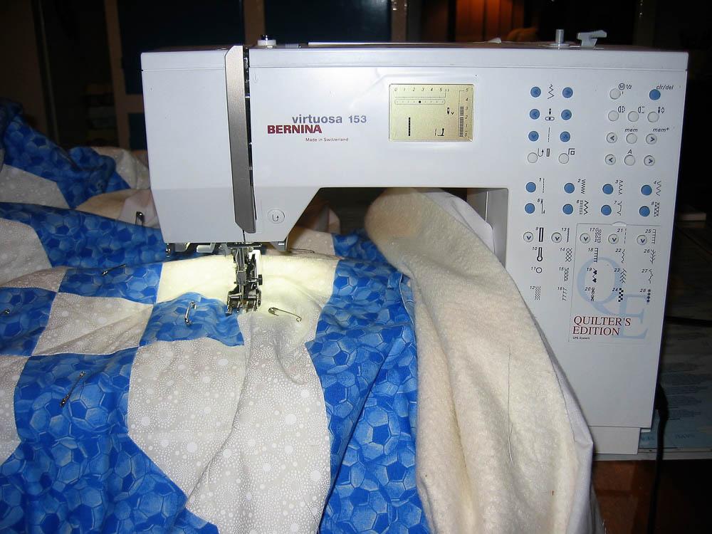 Bernina Snowball quilt
