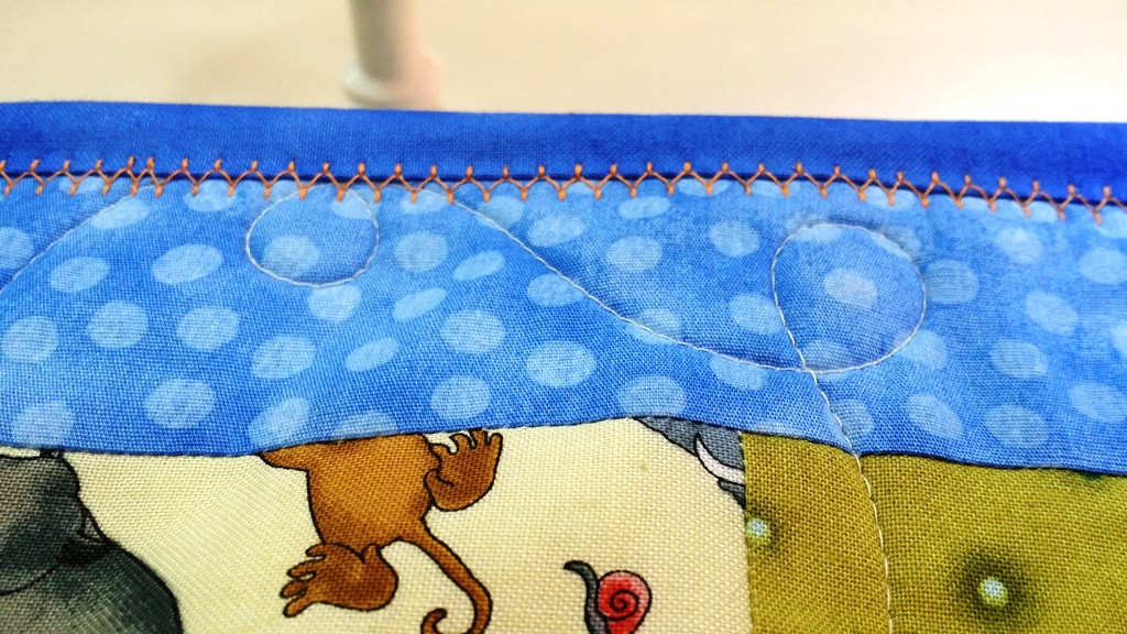 Using Decorative Stitches For Binding Quilts On Your