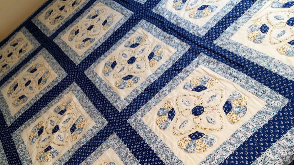 blue-quilt
