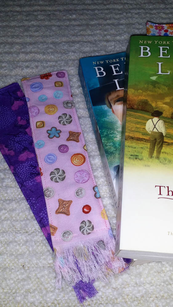 Use some pretty fabric to make these bookmarks! They are quick and easy, great to make for a last minute gift. Link to tutorial in post.
