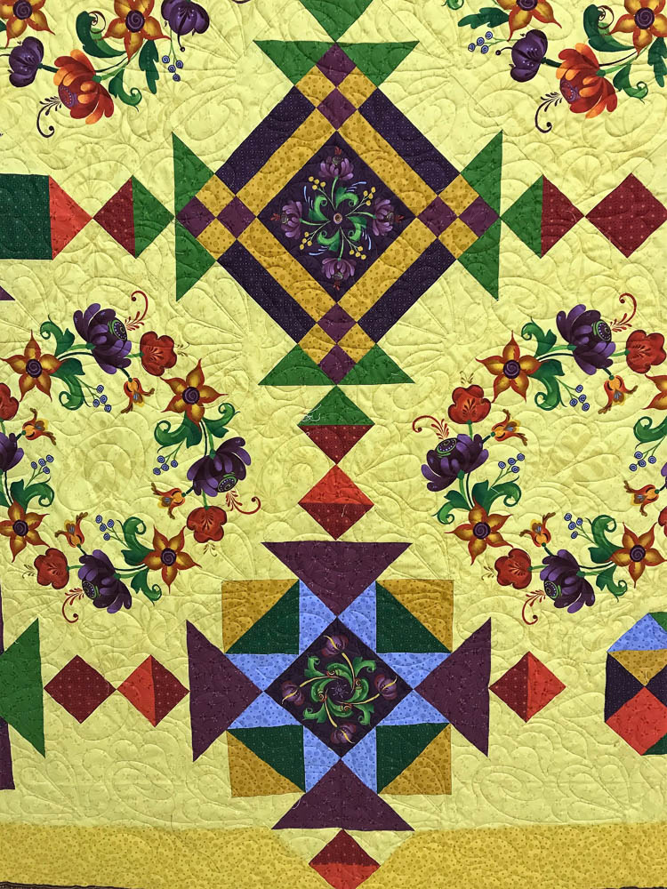 Harvest Spice Quilt is finished and kits are ready to sell!!