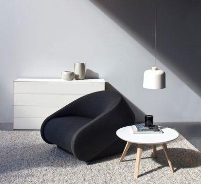 Prostoria, Up-lift fotelja, dizajn Neven i Sanja Kovačić, / stolić, Monk, Grupa