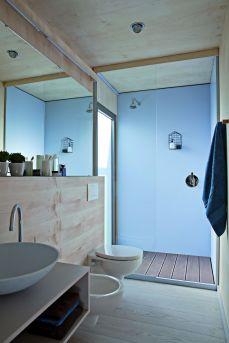 BIG-BERRY-bathroom-space-2