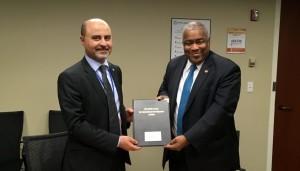 Suriname en OFID gaan overeenkomst aan 1