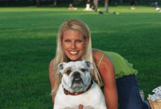 Howard Sterns Bulldog Bianca Dies Shock Jock Mourns Loss