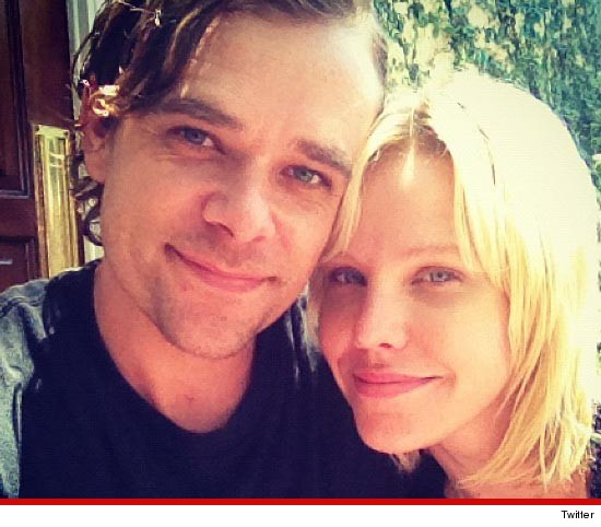 Nick Stahl Found, Tweets Photo With Wife