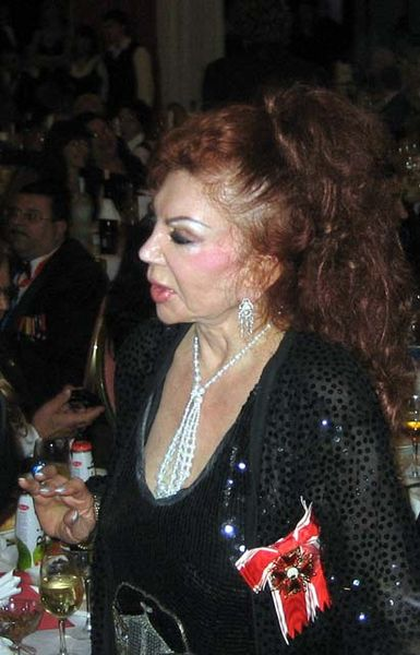 Jackie Stallone Trout Pout Pics Make Their Rounds Online