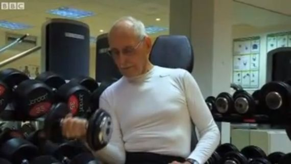 93-Year-Old Bodybuilder Makes Us All Look Lazy
