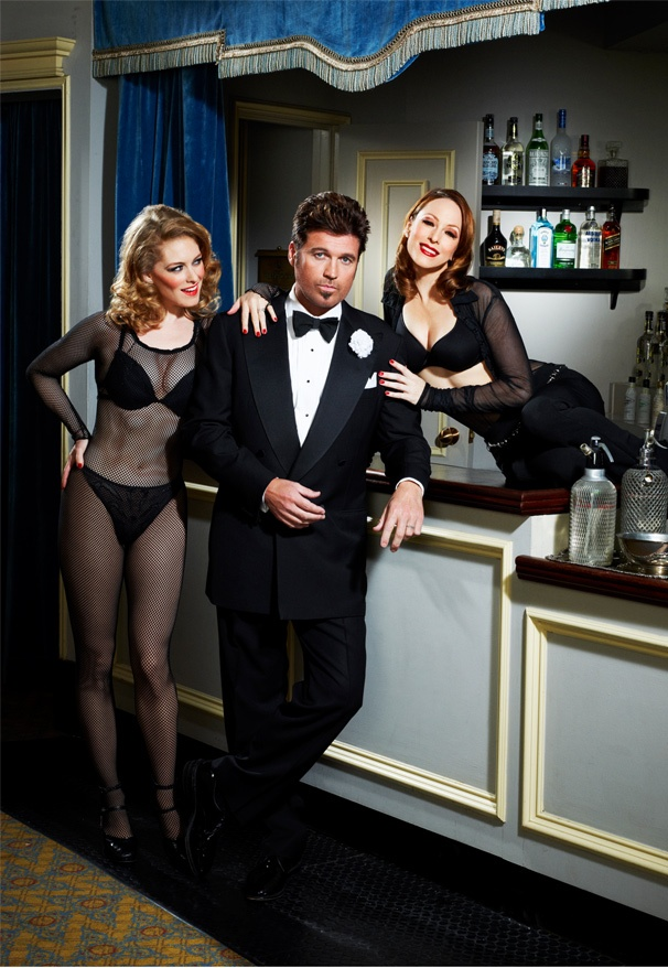 Billy Ray Cyrus Broadway Debut As Smooth Lawyer Billy Flynn