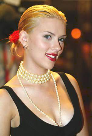 Man Who Stole Nude Photos Of Scarlett Johansson Gets 10 Years Tony Shek