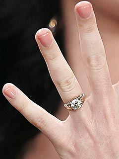 Katy Perry Rocks Ring:  Singer Engaged To John Mayer