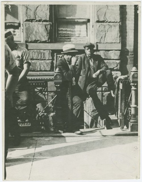 "Jay-Z has gone old school.  Among the ""Harlem Loiterers"" collection at the New York Public Library is a 1939 pic that bears a striking resemblance to once of rap music's biggest names.  The NYPL's Schomburg Center for Research in Black Culture is hoping someone knows the identity of the man in the picture, which was snapped by Sid Grossman."
