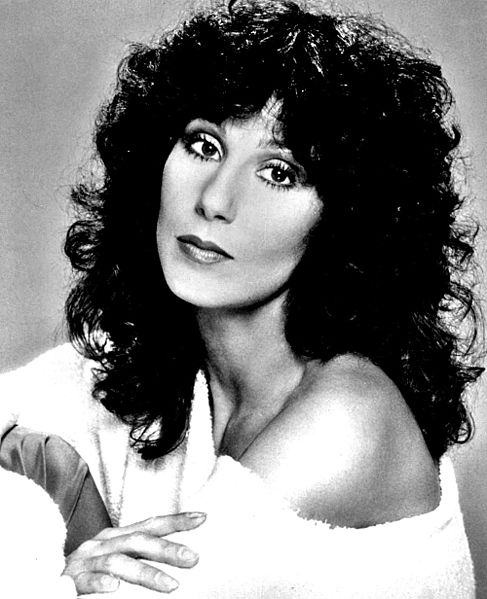 Celebrity myths: Cher did not remove her ribs