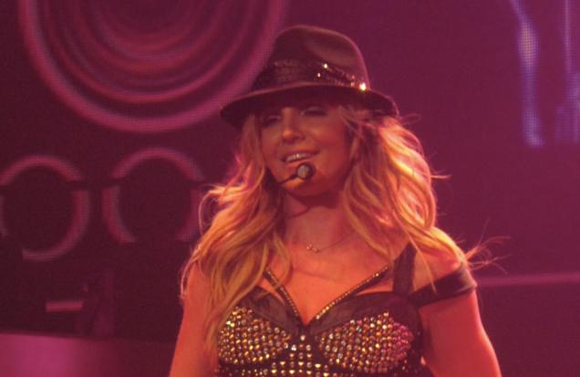 britney spears meet and greet has fans seething