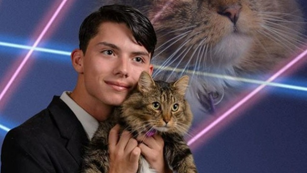 Draven Rodriguez: Teen Behind Viral Laser Cat Photo Commits Suicide