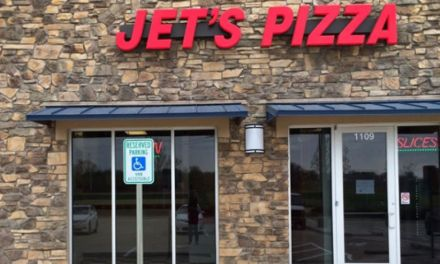 Twitter Firing Jet's Pizza:  See How Girl Tweeted Herself Out Of A job