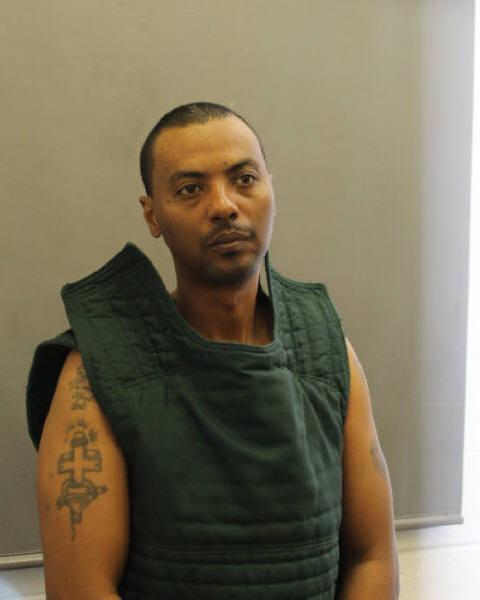 Virginia hospital shooting: prisoner breaks free from Washington area hospital