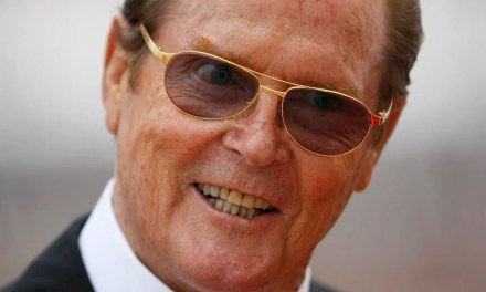 Roger Moore Bond comments: Moore denies racist comments about Idris Elba playing James Bond